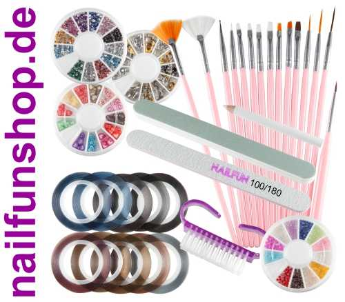 Grosses 33-teiliges NAILART Set mit 15 Pinsel + Strass + Feilen usw.